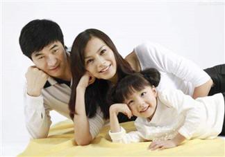 孩子长的像爹还是像妈?遗传学解释孩子的长相遗传