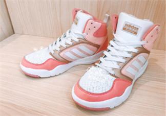 粉色运动鞋什么牌子好看 好看的粉色运动鞋推荐