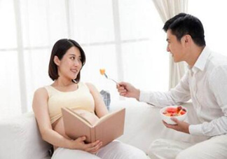 孕中期睡姿 怀孕中期的注意事项