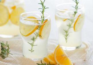 胃胀气可以喝蜂蜜水吗?胃胀气可不可以喝蜂蜜水?