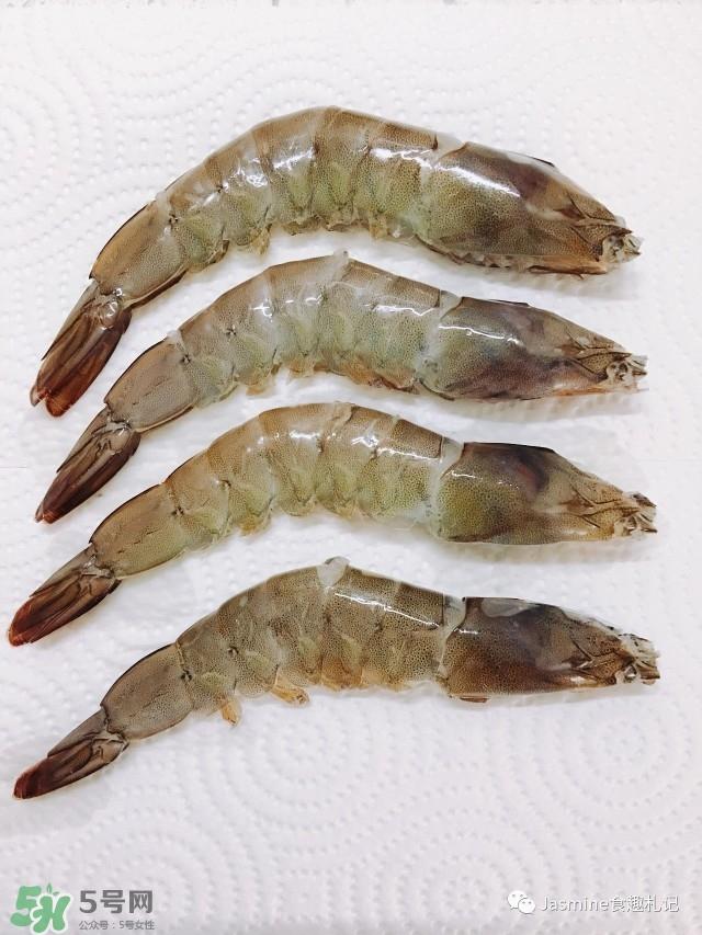 基围虾虾线怎么去除 基围虾去虾线图解