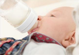 新生儿一月吃几罐奶粉?新生儿一月吃几桶奶粉呢?