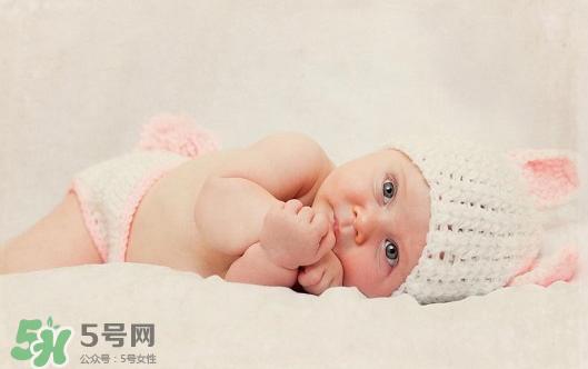 建军节出生的宝宝叫什么好?建军节出生宝宝取名大全