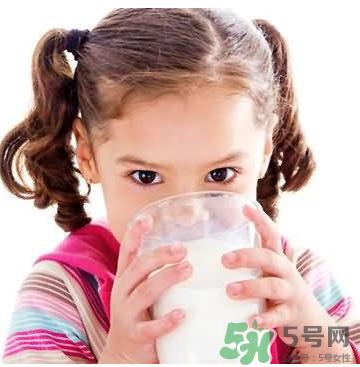 宝宝奶粉过敏有什么症状 如何判断宝宝是否奶粉过敏