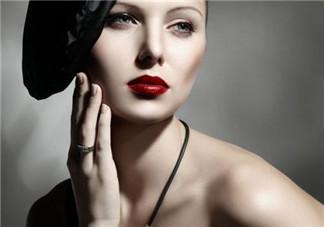 正确的化妆步骤图解 女生正确的化妆步骤
