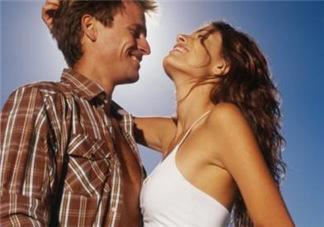 夫妻经常亲热有哪些好处?夫妻性生活重要吗?
