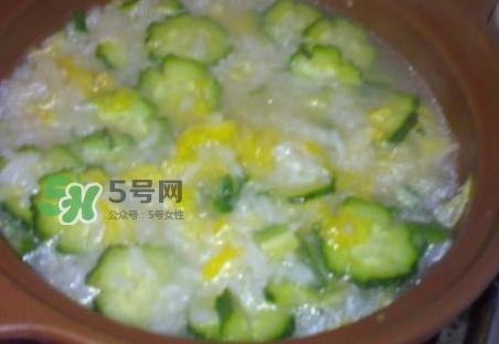 黄瓜粥的营养价值_黄瓜粥的功效与作用及饮食禁忌