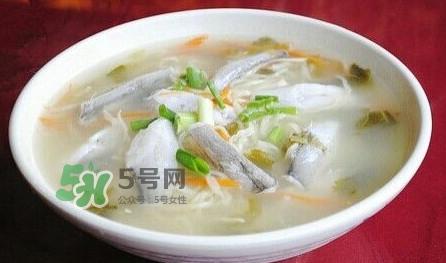 水潺汤怎么做?水潺炖豆腐的做法