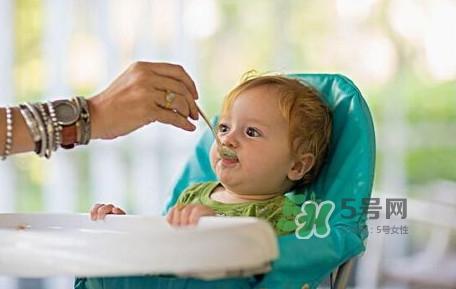 宝宝多大能吃龙利鱼?几个月的宝宝可以吃龙利鱼