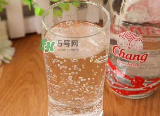 苏打水有什么作用?喝苏打水有什么好处