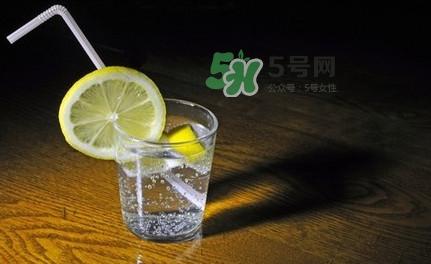 苏打水什么时候喝最好?苏打水什么人不能喝