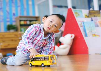 第一次送孩子去幼儿园,你是哪种家长?