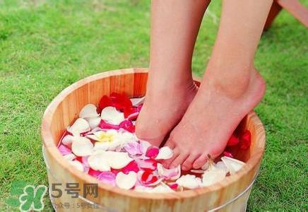 醋泡脚可以去湿气吗??孕妇可以用醋泡脚吗?