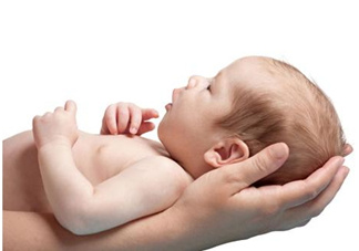 新生宝宝怎么抱?新生宝宝可以竖着抱吗?