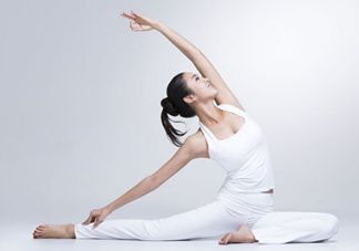 产后做什么运动好?产后做瑜伽好处多