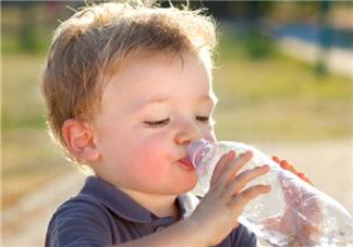 宝宝能喝矿泉水吗?矿泉水宝宝适合宝宝喝吗?