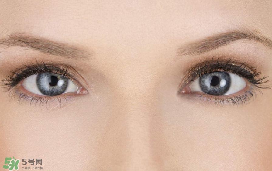 画眼线总晕妆图片