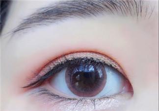 单眼皮肿眼泡怎么画眼妆好看