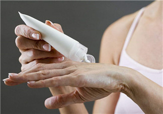 手部皮肤干燥怎么办?手部干燥解决方法