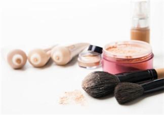粉底液和隔离霜的区别 隔离霜和粉底液的区别