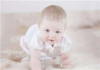 宝宝鼻子不通气的原因?宝宝因受凉吐奶怎么办?