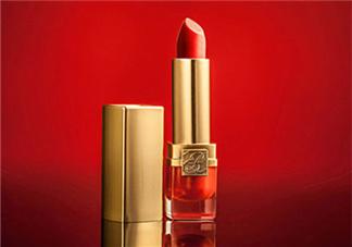 冬天用口红还是唇釉 冬天适合口红还是唇釉