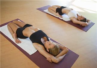 瑜伽垫的清洗 瑜伽垫使用注意事项
