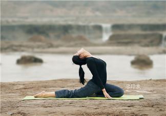什么瑜伽丰胸效果好?睡前瑜伽动作解析