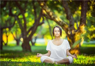 饭后多久可以练瑜伽?练高温瑜伽的注意事项