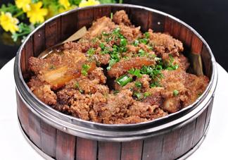 粉蒸肉五花肉怎么腌制?做粉蒸肉的肉要去皮吗