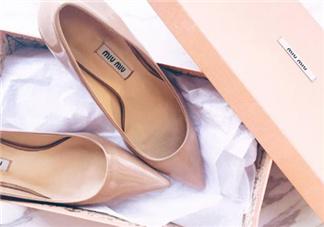 尖头鞋和圆头鞋哪个好?尖头鞋好看还是圆头鞋?
