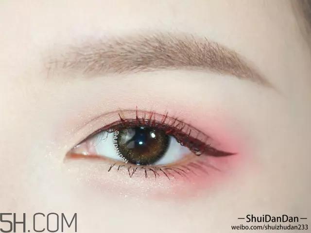 棕色眼影怎么画好看