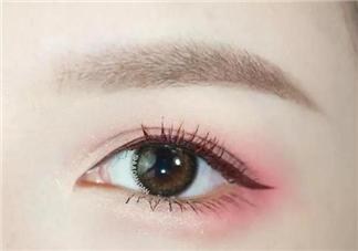 口红怎么画眼影 如何用口红画眼影