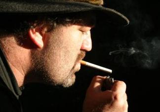 支气管炎可以抽烟吗?支气管炎能喝酒吗