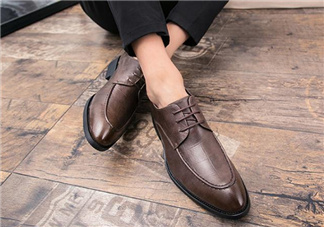 皮鞋晒过后变硬怎么办?皮鞋晒掉色了怎么办?