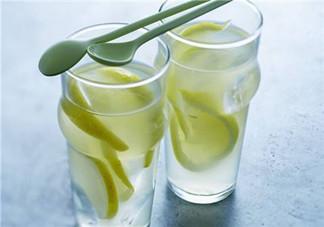 柠檬水可以祛痘吗?祛痘可以用柠檬水吗?