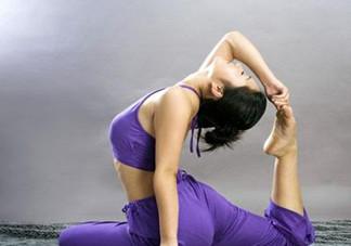 腰椎间盘突出能练瑜伽吗?练瑜伽对腰椎间盘突出患者的好处?