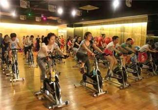 动感单车主要练的是什么?动感单车练多长时间减肥效果比较明显?