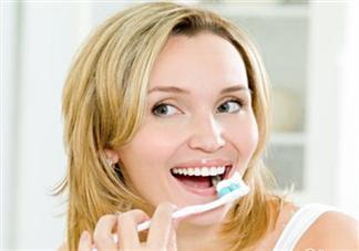 刷牙的正确方法 怎样预防牙结石