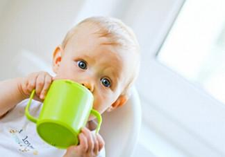 小儿肺炎的症状表现有哪些?小儿肺炎应该怎么治疗?