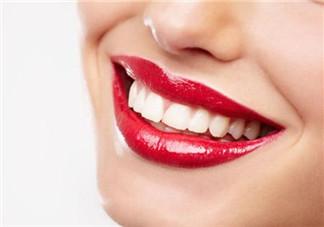 喝咖啡怎么防止牙齿变黄?小苏打怎样美白牙齿?