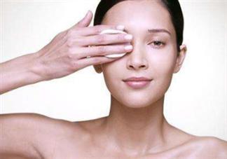什么时候适合用卸妆油?洗脸扑可以卸妆么?