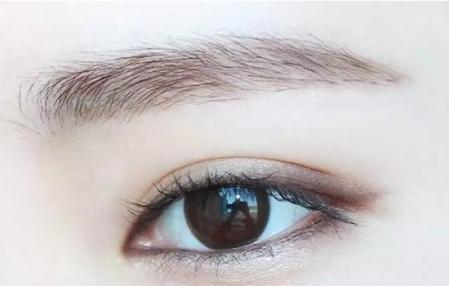 素颜妆化妆步骤图片