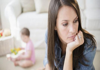 女性产后胸部松弛吃什么好?产后乳房变形如何保健?