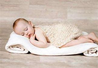 怎样能够训练婴幼儿的肌肉?宝宝为什么总是在闹腾?