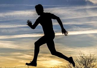 跑步不穿内裤会影响性功能?跑步穿内裤很有必要!