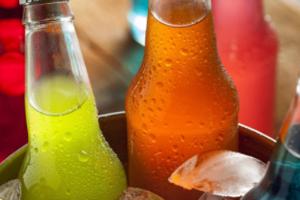痛风得病为什么低龄化?过量饮用含糖饮料