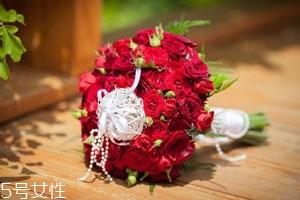 2018情人节玫瑰花多少钱一朵 玫瑰花的爱情寓意