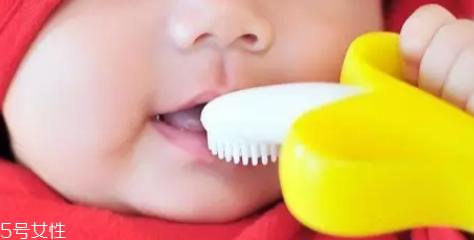 磨牙是因为受了委屈?孩子的心理状况也会导致磨牙