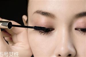 内眼线会伤眼睛吗?九种可爱的眼线画法